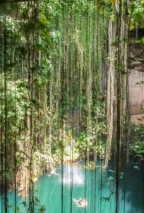 Ik Kil cenote close to Chichen Itza