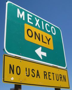 Mexico border sign
